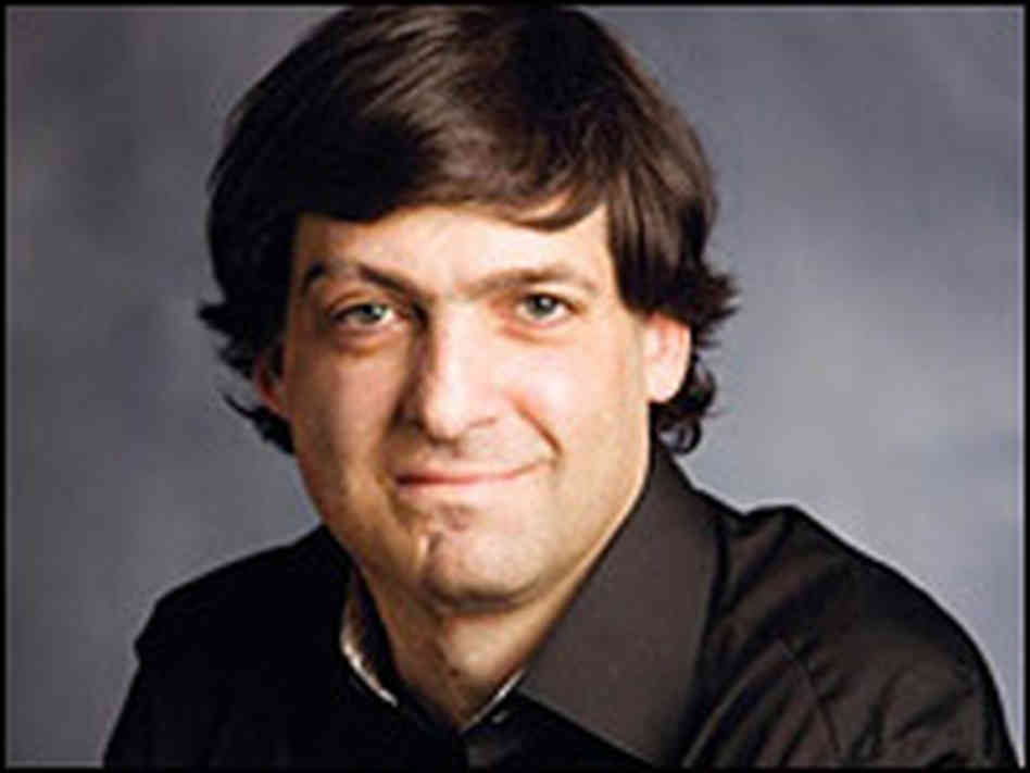 050: Dan Ariely on Irrational Behavior and the Importance of Our Environment When Making Decisions